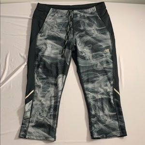 New Balance Capris Smoke Effect